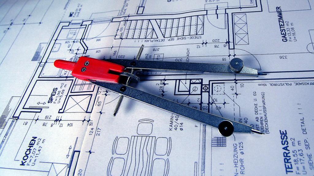Bauplan mit Zirkel