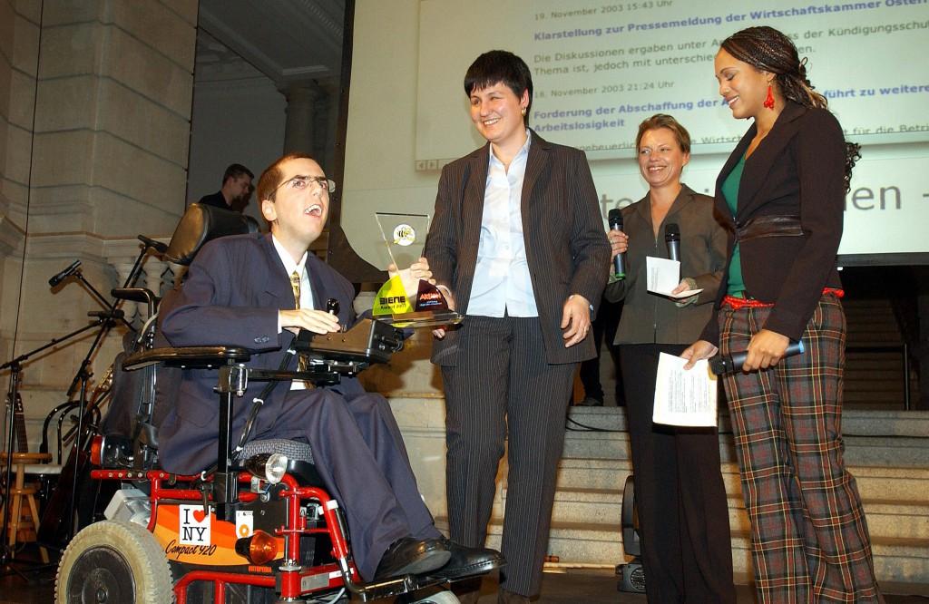Überreichung BIENE-Wettbewerb 2003