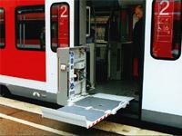 DB Baureihe 425 mit Hebelift