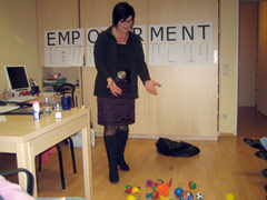 Maria Brandl erklärt das Wort Empowerment