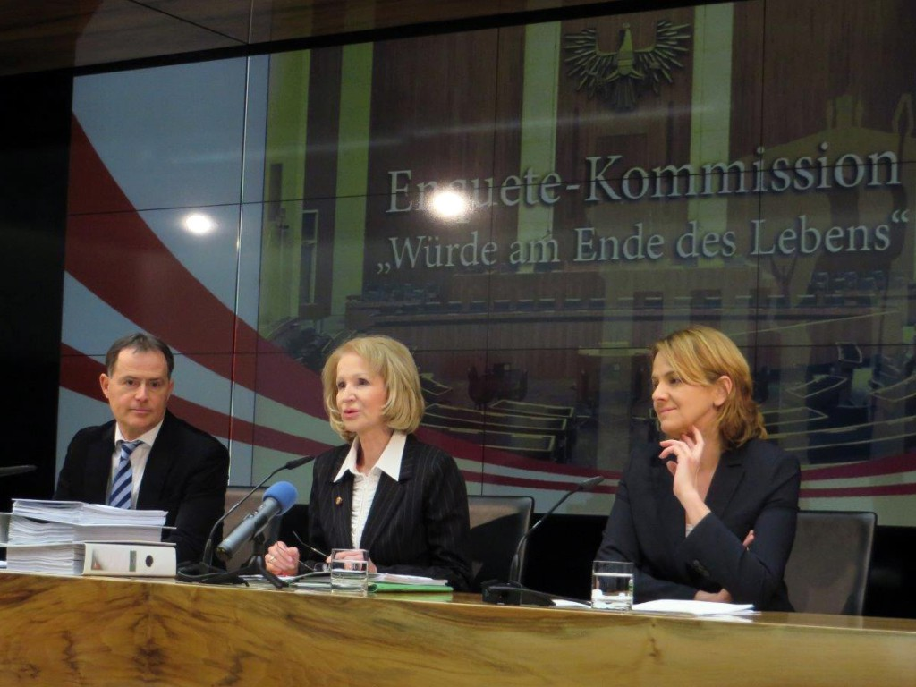 Pressekonferenz Enquete-Kommission Würde am Ende des Leben
