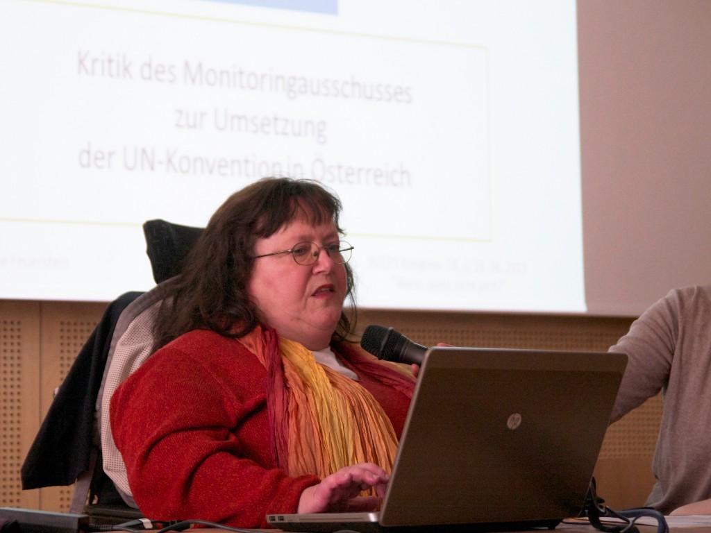 Mag. Bernadette Feuerstein beim BIZEPS-Kongress 2013