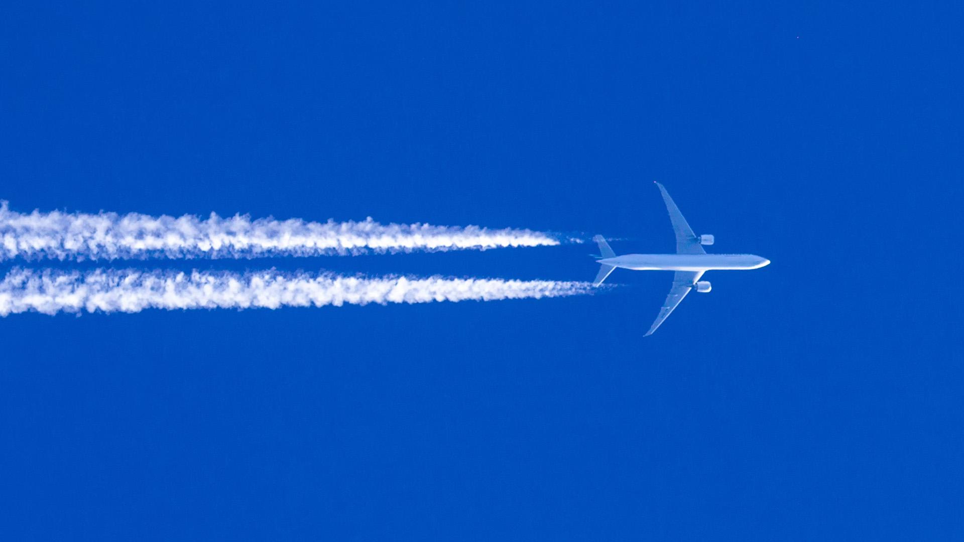 Flugzeugansicht von unten