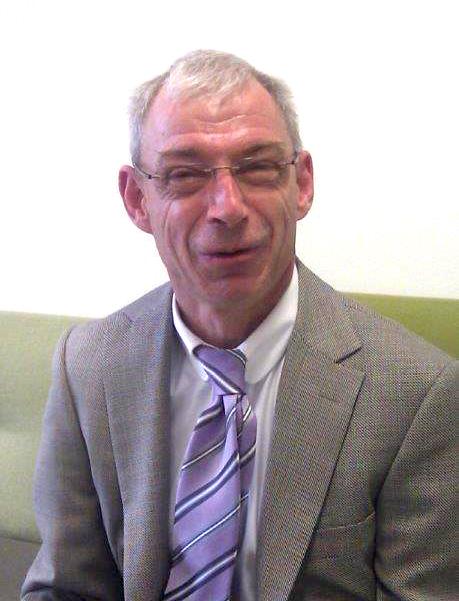 Dr. Hansjörg Hofer