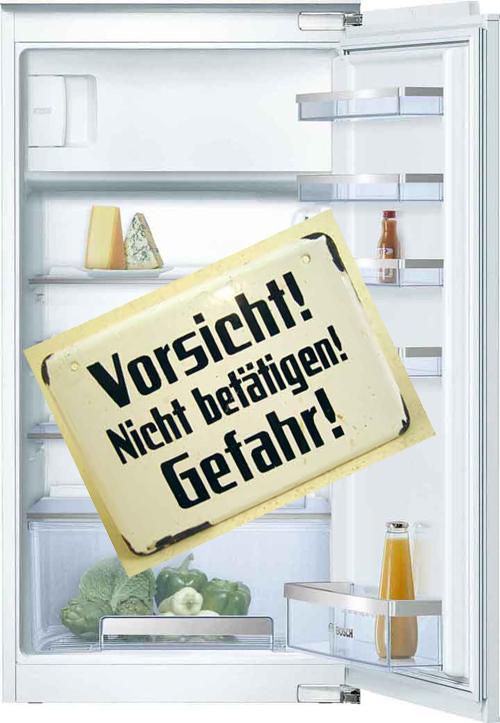 Symbolbild Kühlschrank: Vorsicht! Nicht betätigen! Gefahr