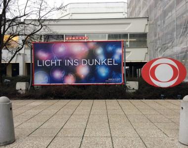 Licht ins Dunkel Plakat und Logo ORF