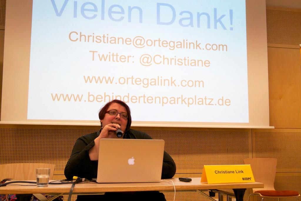 Christiane Link beim BIZEPS-Kongress 2013