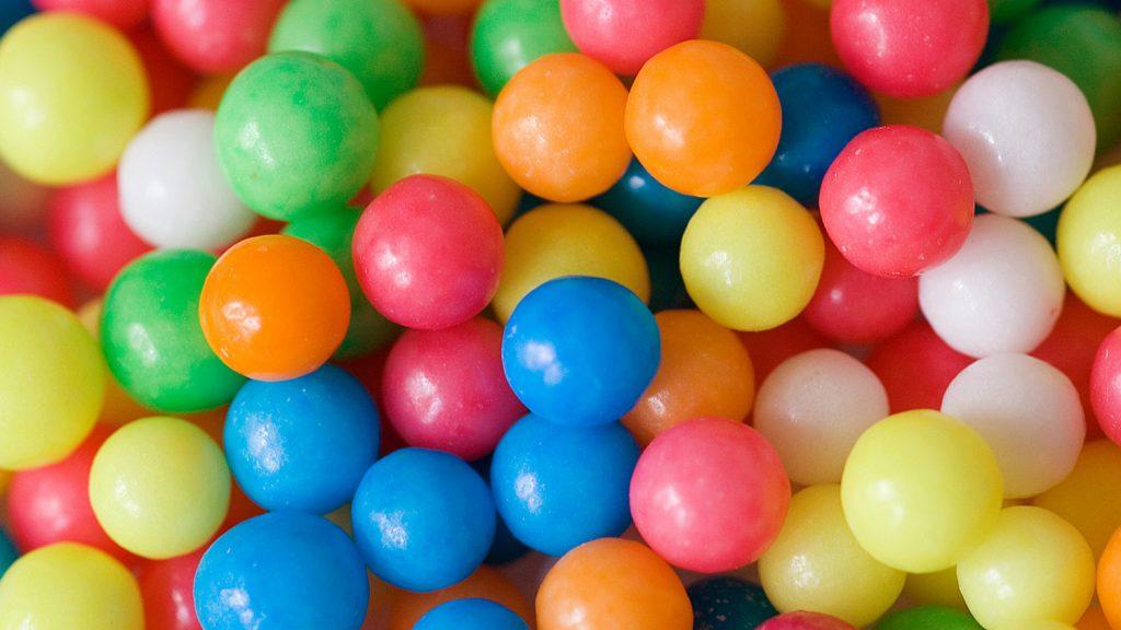 Vielfalt mit vielen bunten Bällen
