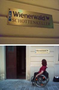 Hinweisschild Nebeneingang beim Restaurant Wienerwald