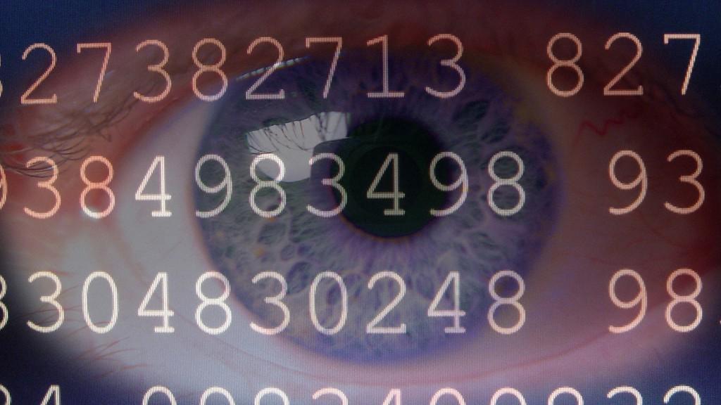 Symbolbild Zahlen unter Beobachtung