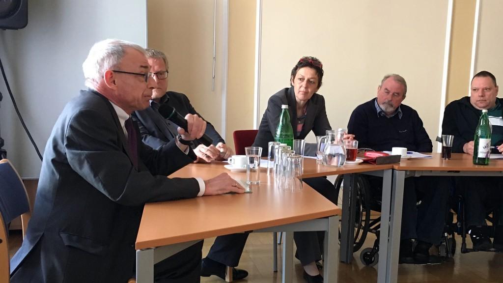 Hansjörg Hofer beim Hearing Behindertenanwaltschaft 2017