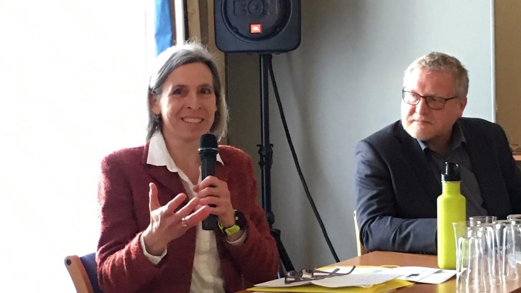 Ursula Naue beim Hearing Behindertenanwaltschaft 2017