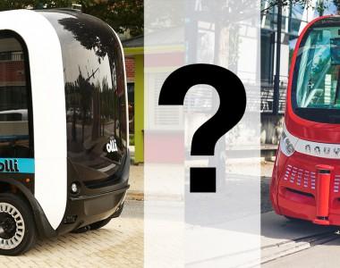 Selbstfahrende Busse. Links Olli, in der Mitte Fragezeichen, rechts Navya Arma