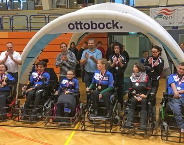 Siegerehrung des Teams Thunder E-agles nach dem Gewinn des Otto Bock Cups 2017 in Elektrorollstuhlfußball