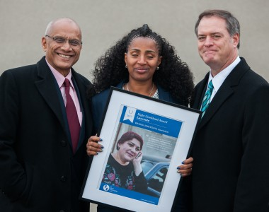 Colin Gonsalves (India), Yetnebersh Nigussie (Ethiopia), Robert Bilott (USA), Yetnebersh Nigussie hält ein Bild von Khadija Ismayilova (Azerbaijan)