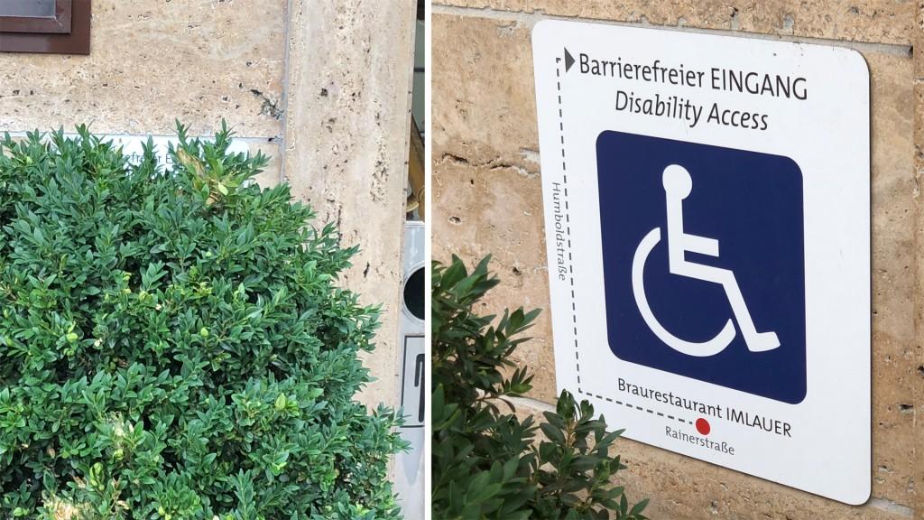 Verstecktes Hinweisschild zum barrierefreien Eingang beim Braurestaurant Imlauer