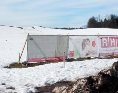 Bau-Ankündigungs-Plakat für den Neubau Konradinum