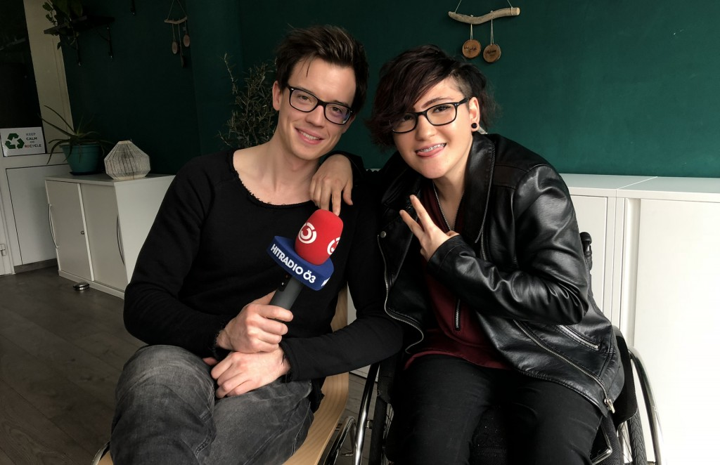 Behinderte Jugendliche im Hitradio Ö3 Interview