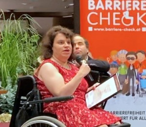 Katharina Mühlebner übernimmt für barrierefrei aufgerollt