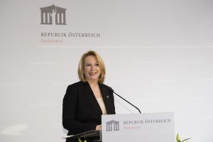 Barbara Prammer am Rednerpult